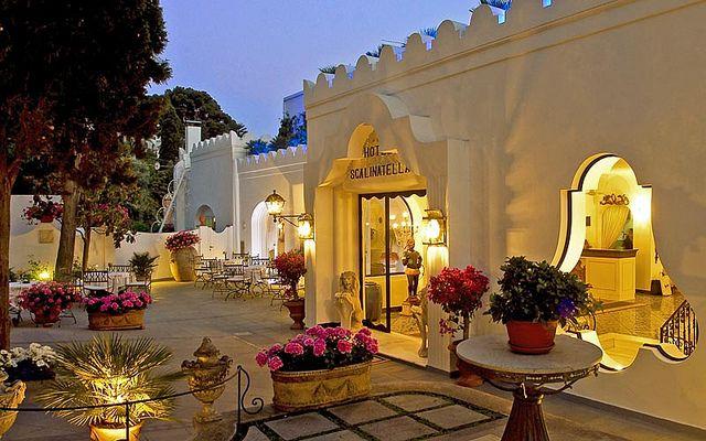 Posh boutique hotels hotel la scalinatella capri island for Boutique hotel capri