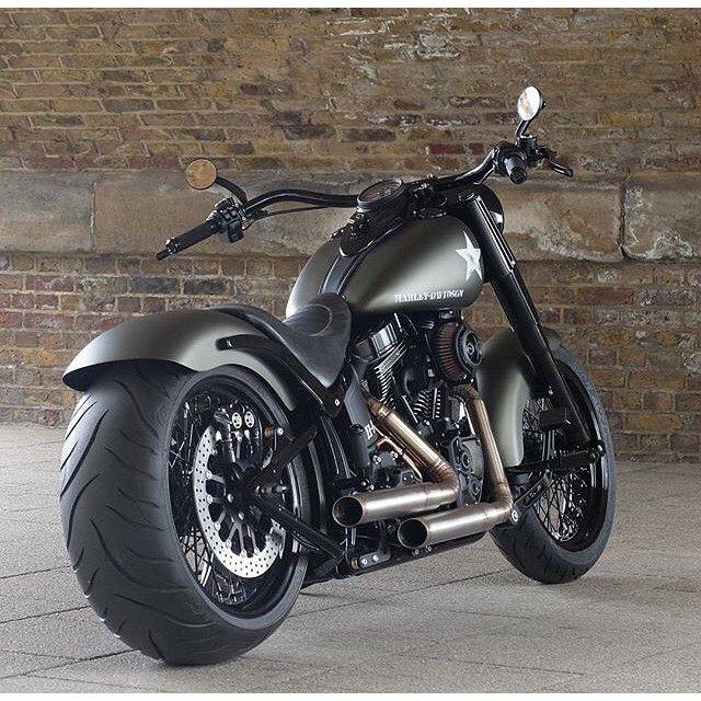 25 best ideas about harley softail on pinterest harley davidson motorcycles custom harleys. Black Bedroom Furniture Sets. Home Design Ideas