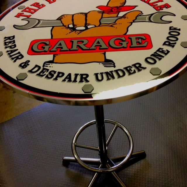 Garage U0027man Caveu0027 Bar ...