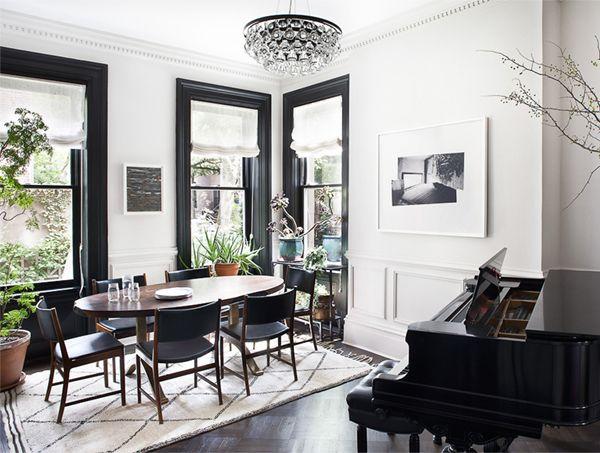 Blair Harris black and white dining room via Coco + Kelley.