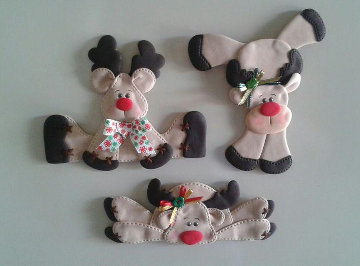 Renos_Imánes para decorar la nevera, elaborados con foamy.