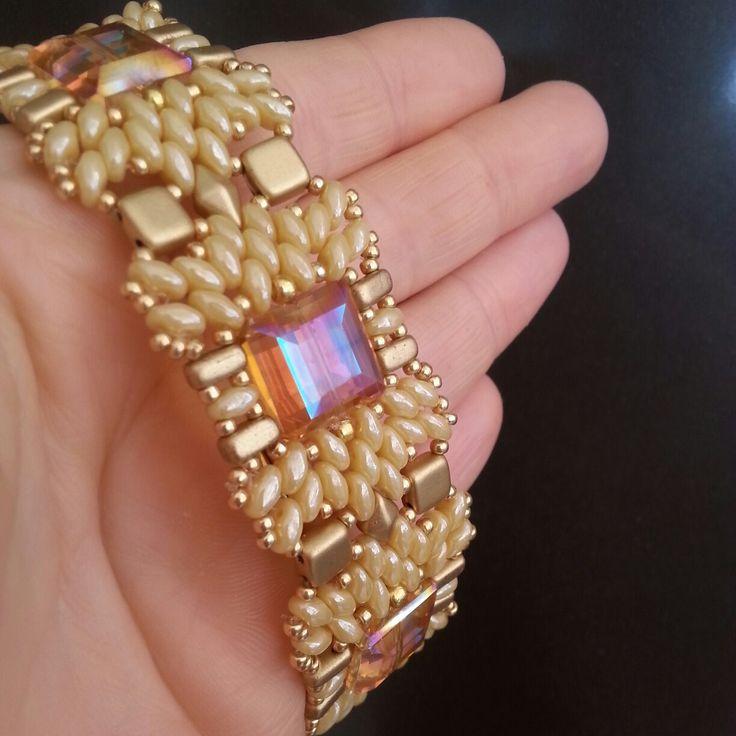 Bracciale con cristalli quadrati, superduo,tila, brick, diamonduo e rocaille