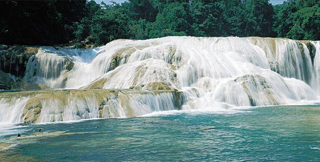 Las Cascadas de Agua Azul, México