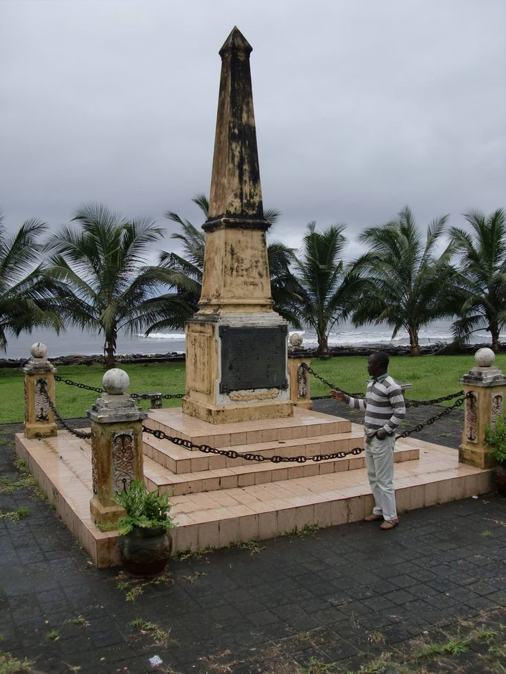 26 best equatorial guinea gabon images on pinterest african luba bioko equitorial guineas monument of the first immigrants africa sciox Choice Image