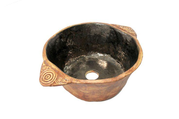 Wanda - gliniana umywalka z rustykalnymi uchwytami