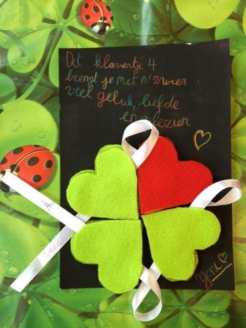 Valentijnshartjes die na het drogen op een magneetbordje worden samengebracht als geluksbrenger! Gemaakt tijdens de Mirakuleuze grabbelpasaktiviteit in Borsbeek tijdens de krokusvakantie 2013