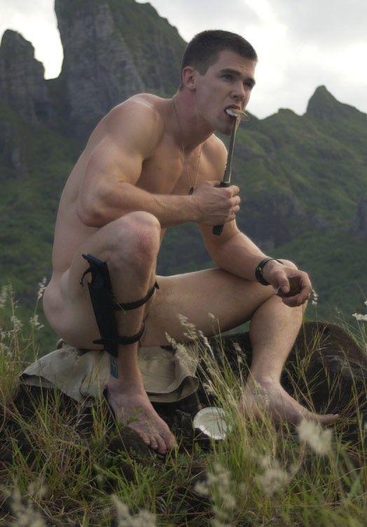 naked-man-outdoors-black-girl-striptease