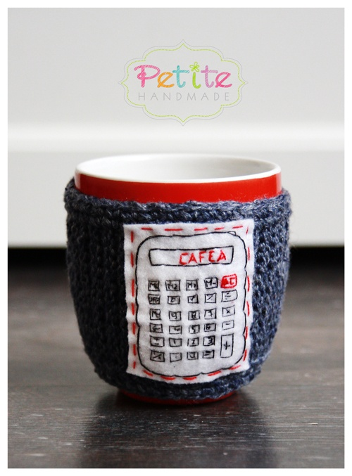 Cozy coffee mugs / Calculator http://petitehandmade.wordpress.com/