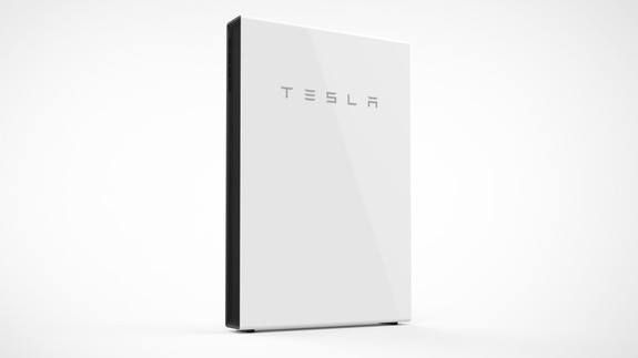 A very confident Tesla launches the new Powerwall 2 in Australia Read more Technology News Here --> http://digitaltechnologynews.com  Elon Musk's home battery is returning to Australia for a second round.  The new Powerwall 2 has about double the capacity of Tesla's original Powerwall and will roll out from April. Vice President for energy products at Tesla Lyndon Rive who incidentally is Musk's cousin was in Melbourne Thursday for the launch.  SEE ALSO: Hawaiian island gets a huge renewable…