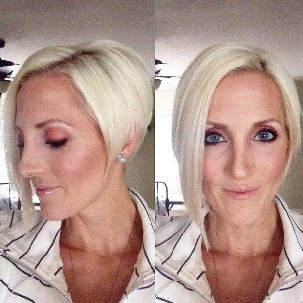 corte de pelo corto bob ángulo para mujeres de más de 50