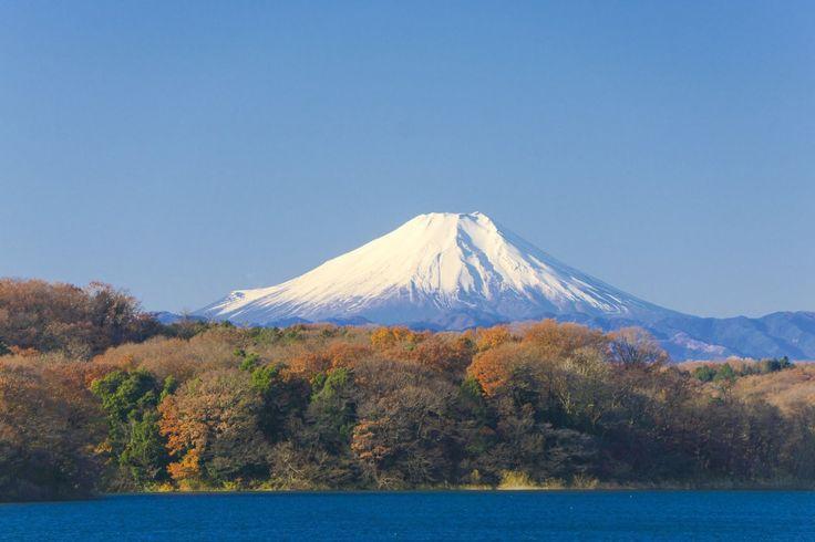 Reiseziele rund um Japan, Tokio`s Skyline und View Points. Urlaub für Manga Fans. Wander und Ski Urlaub in Japan. Baden, Tauchen, Schnorcheln und Surfen auf Japans Inseln. Hotels finden und Reise, Flug buchen. Leuchtende und faszinierende Eisskulpturen in Sapporo.