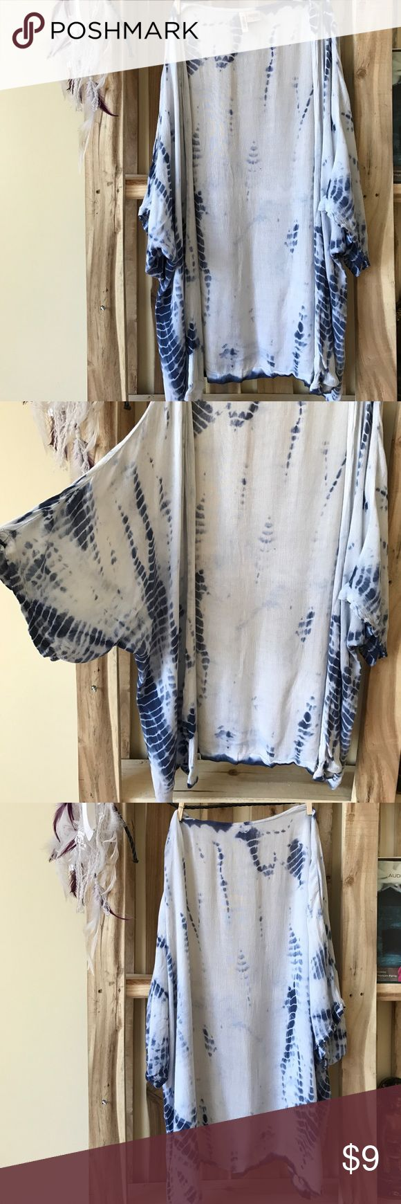 Blue tie dye shaw In perfect condition Passport Tops Blouses