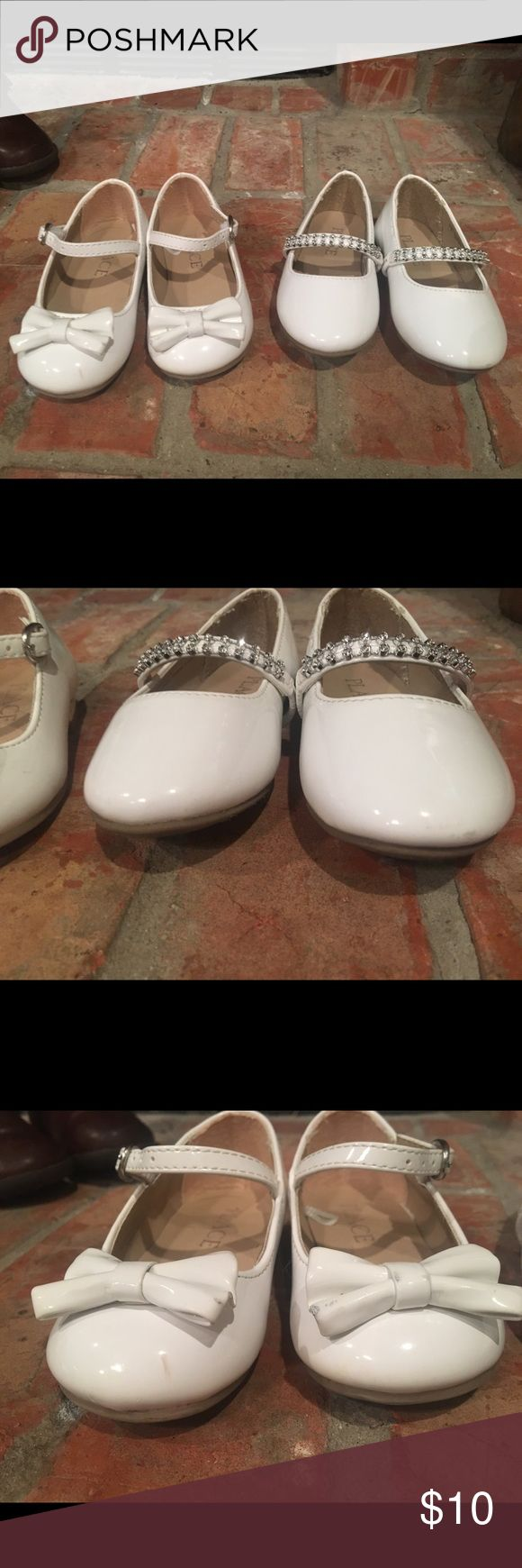Size 5 toddler dress shoe bundle Two pairs of off white dress shoes. Scuffs to front of both shoes, not very visible to naked eye, unless you are up close and inspecting. My daughter wore these only a few times for a wedding & for church. Children's Place Shoes Sandals
