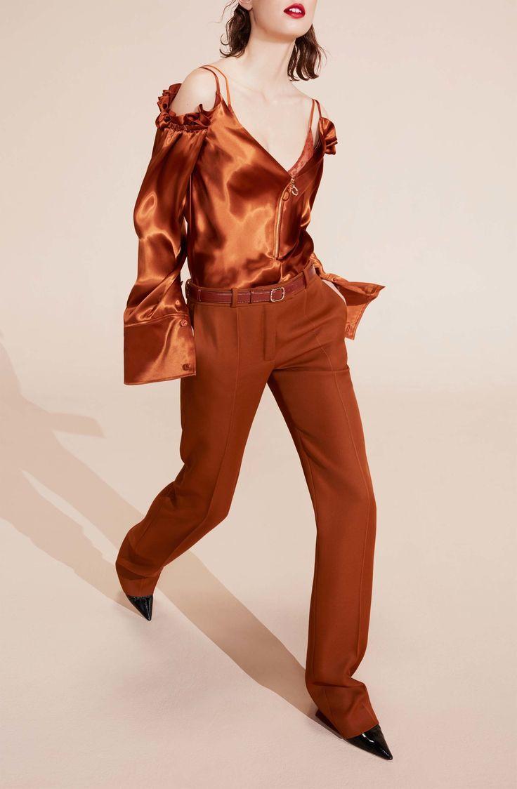 Nina Ricci Resort 2017 Fashion Show #shirts #offsholder #long