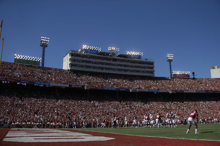 Oklahoma Sooners Football: OU-Texas scheduled for 2:30 kickoff  - Crimson And Cream Machineclockmenumore-arrownoyesHorizontal - WhiteHorizontal - WhiteStubhub LogoHorizontal - White : After consecutive years of suffering through 11 a.m. kickoffs, Oklahoma and Texas fans received some good news on Monday.