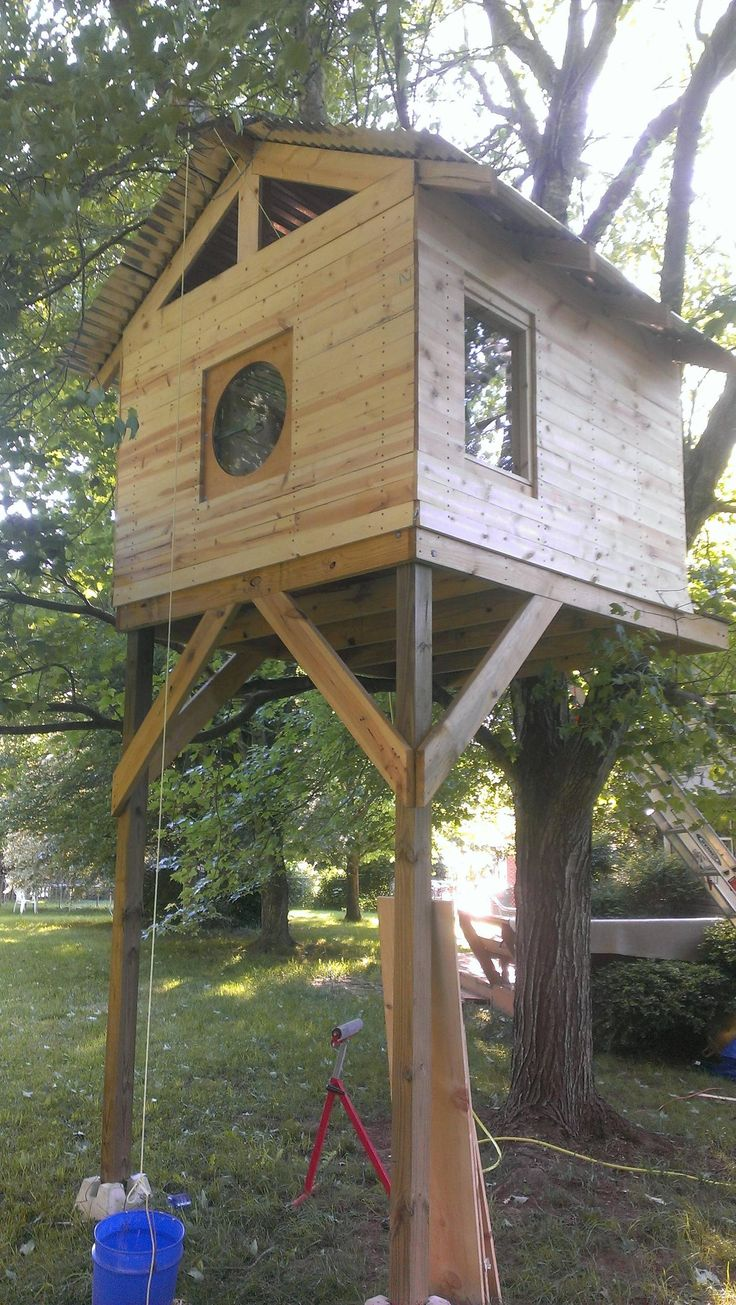 8 best landscaping ideas images on pinterest diy for Tree house window ideas