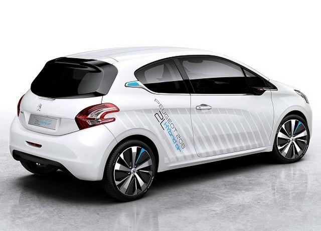 Peugeot 208 Hybrid Air : présentation au Mondial de Paris 2014