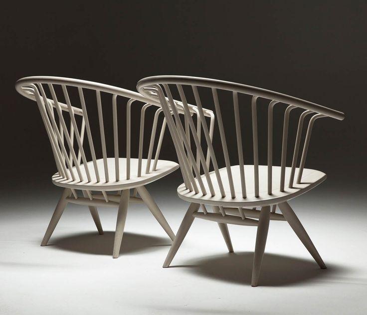 Set of 2 White 'Crinolette' chair by Ilmari Tapiovaara
