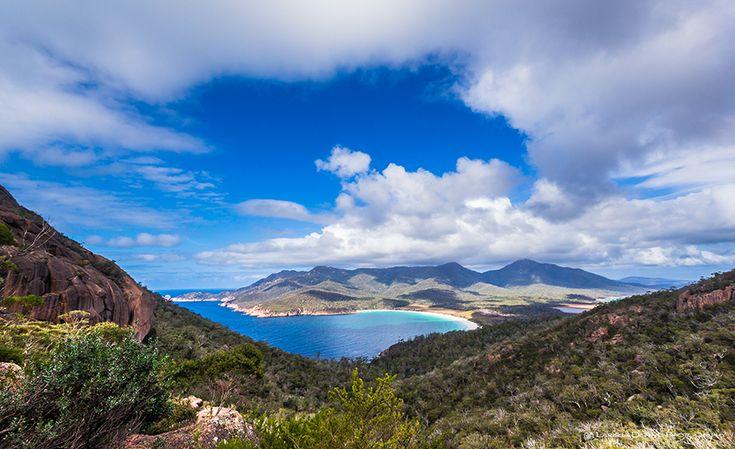 Beautiful views over Wineglass Bay, Tasmania