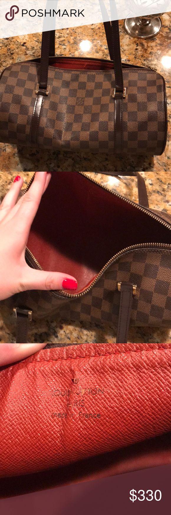 Louis purse Pretty much brand new no marks!!!! Real Louis Vuitton Bags Mini Bags