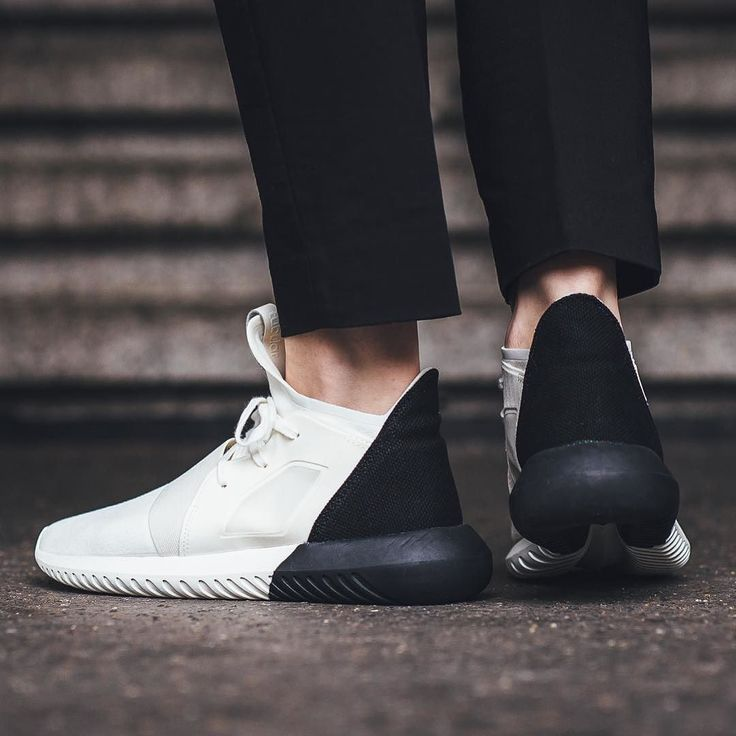 Adidas Tubular Defiant W - Offwhite/Core Black available