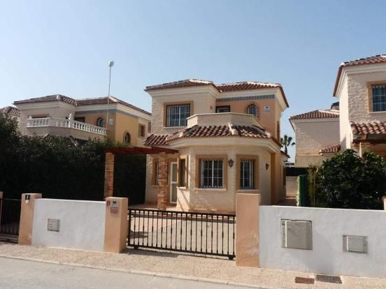 2 bedroom villa for sale in Guardamar Del Segura, Alicante, Spain