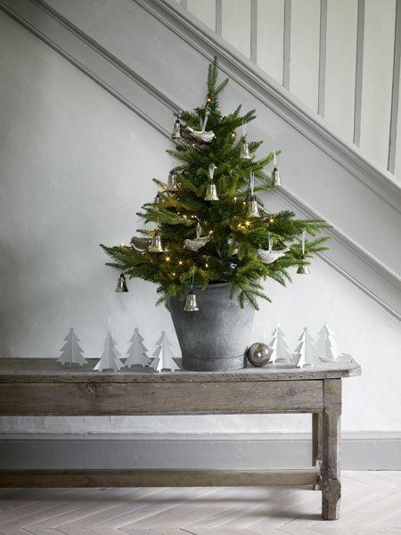 Table top Christmas tree - griege swedish
