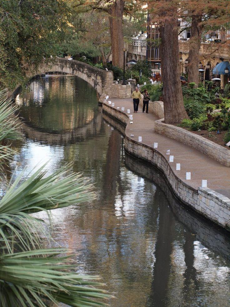 San Antonio River Walk in San Antonio, Texas - bringing a piece of Italy to the USA. #Whalerlife