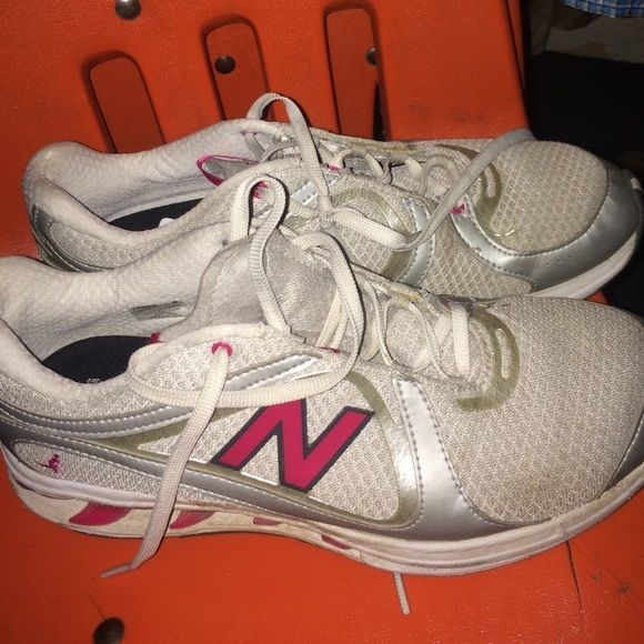 New Balance Womens Shoes New Balance Shoes Grey/Pink In Good Condition, Taking Offers New Balance Shoes