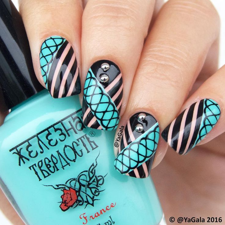 Design with C stamping plate 11 03 uberchicbeauty