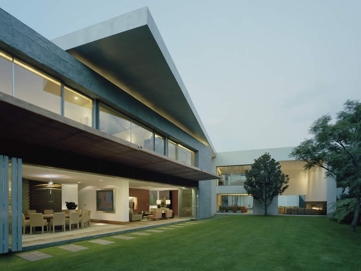 Gpo. Sordo Madaleno. House in Bosques