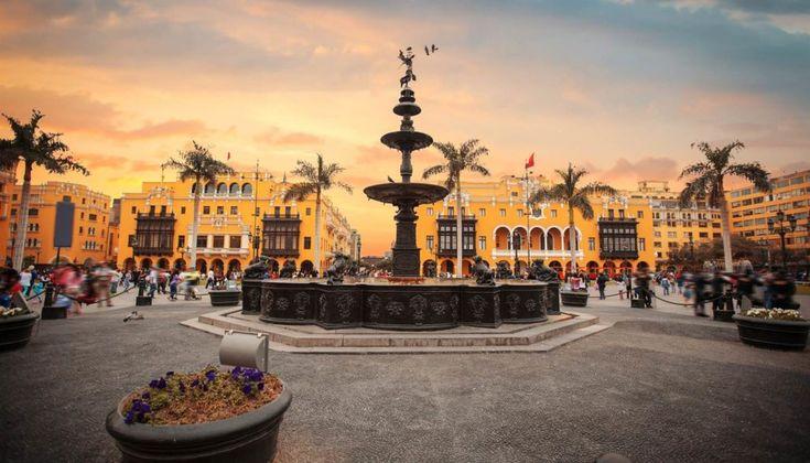 Hay vuelos baratos con destino Lima saliendo desde Madrid o Barcelona en fechas de verano a partir de €534. Son boletos aéreos ida y vuelta de hasta dos escalas partiendo en agosto y regresando en septiembre. Aprovechá la oportunidad para viajar en temporada alta a Lima a precios de temporada baja.  #lima #visitperu #peru #discoverperu