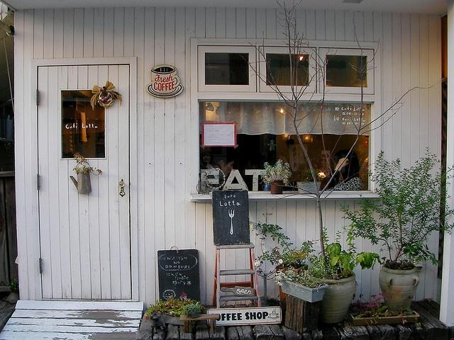 Cafe Lotta #eat #cafe #shop #window