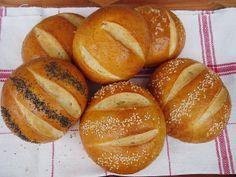Pretzel zsemlék – hamburgerhez, szendvicshez, reggelire