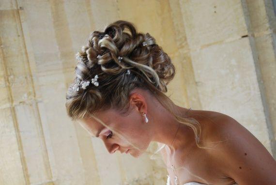 Résultats Google Recherche d'images correspondant à http://c.imdoc.fr/private/1/mariage/chignon-mariee/photo/4324469432/5148554158/chignon-m...