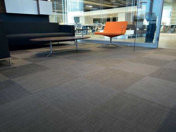 Derindere car leasing headquarter with Dickson® flooring Be Smart U509 Moon Shadow tiles - Turkey / Ilgaz UZUNCA and Gürkan UMUCU