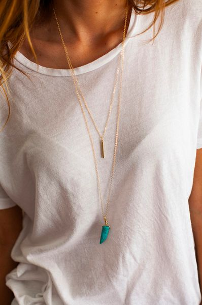 double layered necklace. I love simple outfits. effortlessly put together