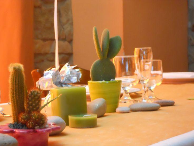 Runner color sabbia e piante grasse come nel deserto by Sorrisi e Confetti  Wedding Planner Padova  Italy