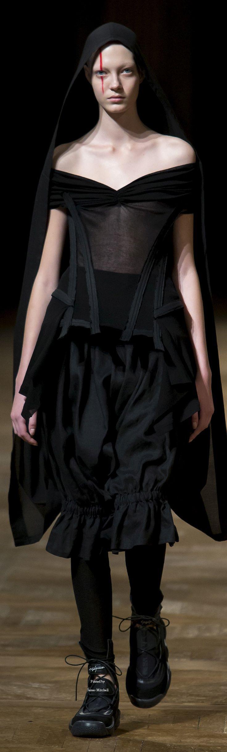 Yohji Yamamoto Collection Spring 2016 Ready-to-Wear