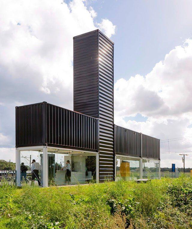 Город для людей - Автобусная остановка из морских контейнеров