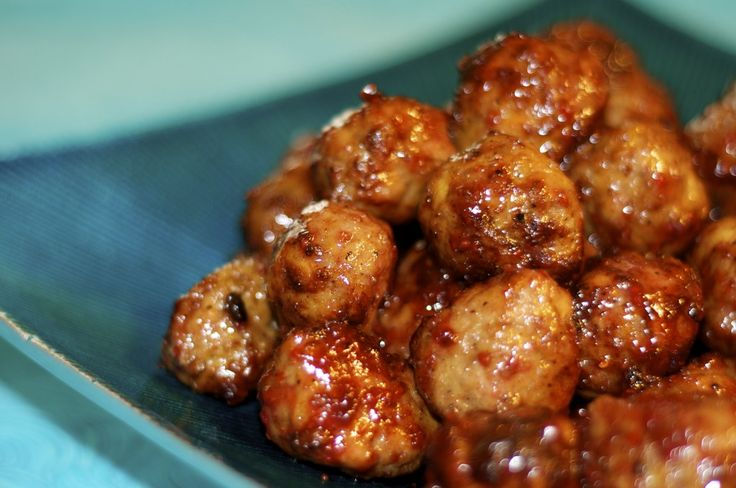 Spicy and smokey low fat chicken meatballs
