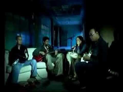 Grupo Rojo El Amor Llegara  Este es uno de los mejores videos de Rojo...