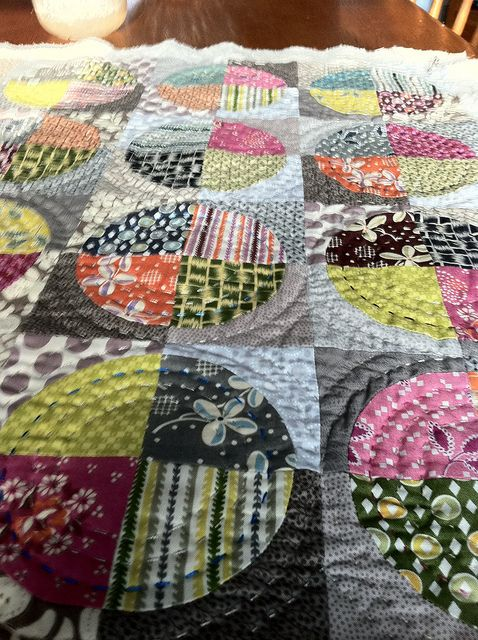 circles quilt.   I love this and I have the template!