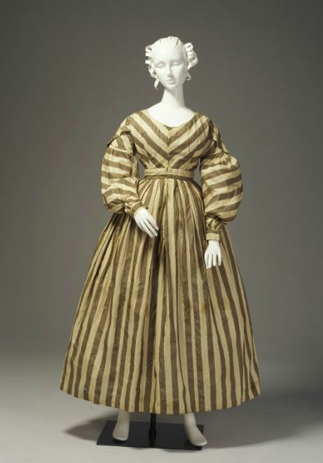 Day (possibly nursing) dress, ca 1835 Australia, Powerhouse Museum There's a great possibility that this is an older dress that was remade according to 1830's Australian fashion.