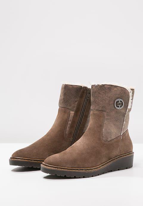 Chaussures Jenny PORTLAND - Bottines compensées - teak marron: 79,90 € chez Zalando (au 02/01/17). Livraison et retours gratuits et service client gratuit au 0800 915 207.