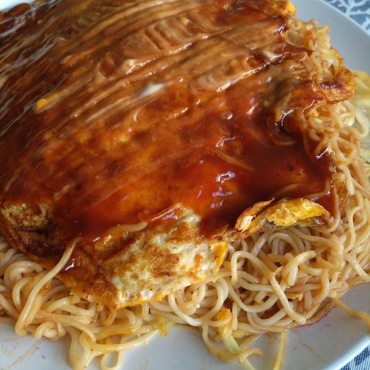 Okonomiyaki Hiroshima Style! Oiiishiii! #okonomiyaki #japan #homemade #nofilter #foodporn