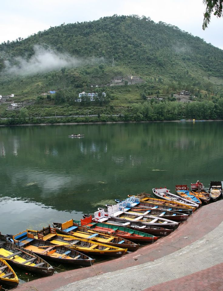 bhimtal-boating lake