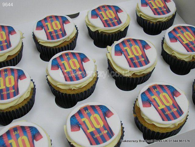 Barcelona Shirt Cupcakes http://www.cakescrazy.co.uk/details/soccer-shirt-cupcakes-barcelona-9644.html