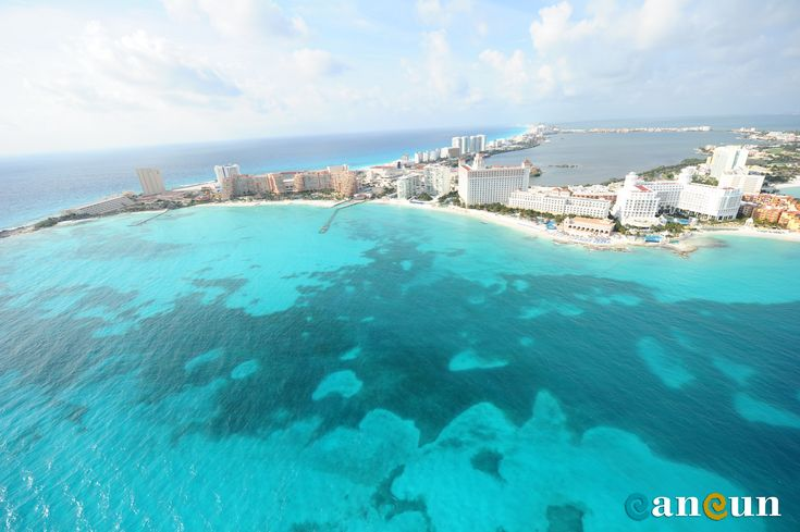 Wherever you stay in the #Cancun Hotel Zone you will always have an ocean or lagoon view. #TimeToCancun