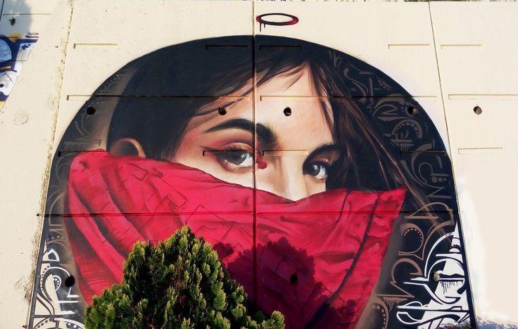 Mural homenaje a Gata Cattana Granada